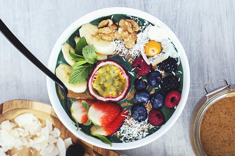 Piure de fructe cu spirulină