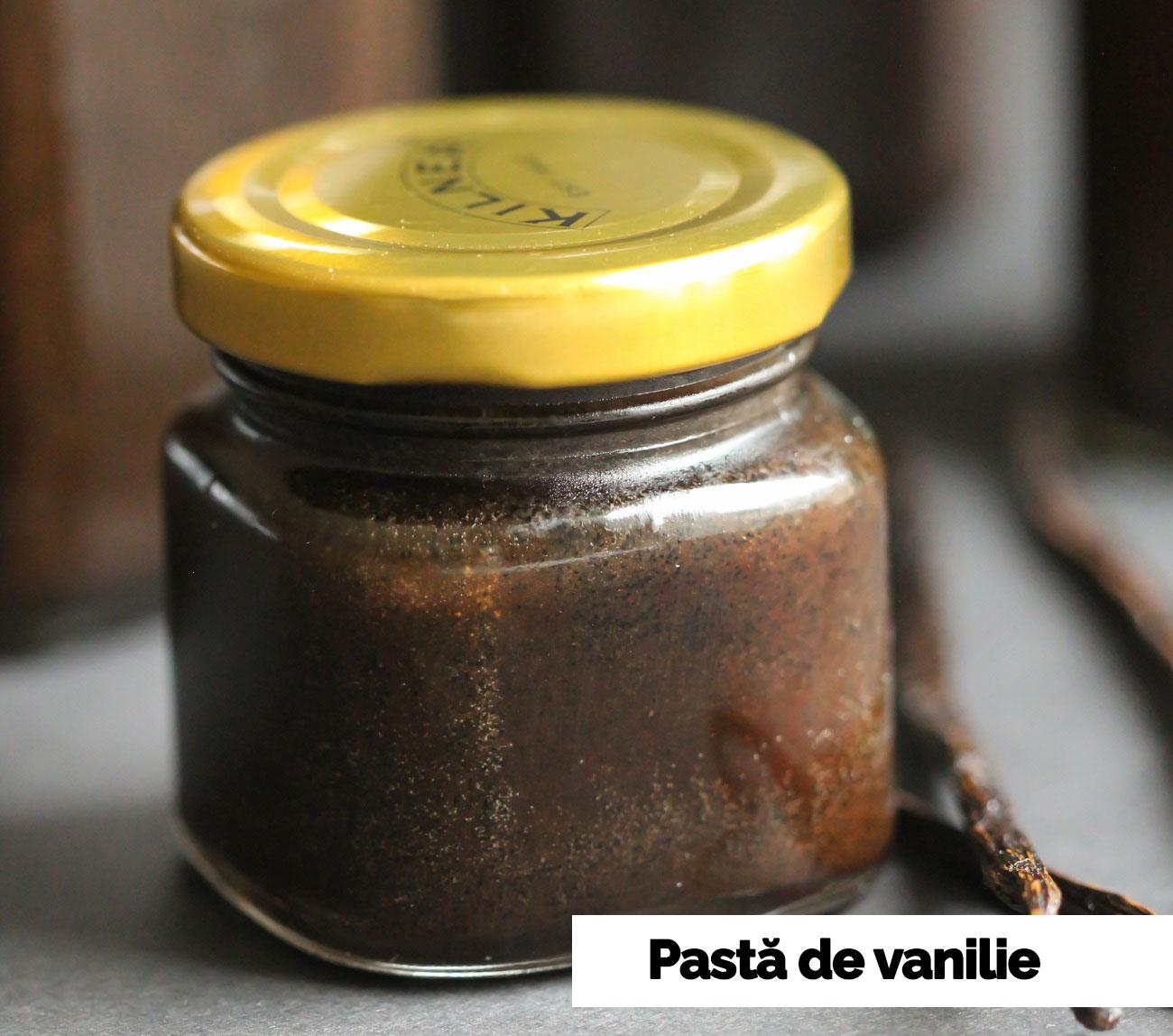 Pasta de vanilie facuta in casa, fara zahar rafinat, vegana si fara gluten