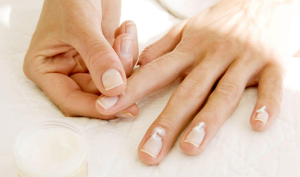 Fixes-for-Common-Nail-Complaints_featured_article_628x371