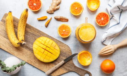 Sucuri naturale pentru copii: 7 rețete delicioase cu fructe și legume