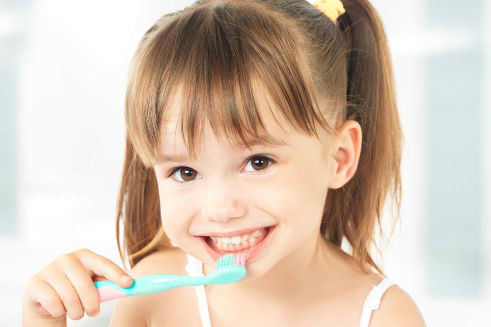De ce să alegi o pasta de dinti fara fluor pentru copii