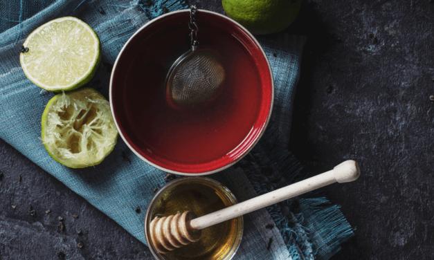 3 remedii naturale împotriva tusei (pe unul sigur îl ai în casă)