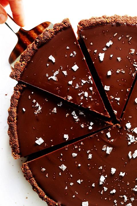 Tarta sarata cu ciocolata amaruie fara gluten