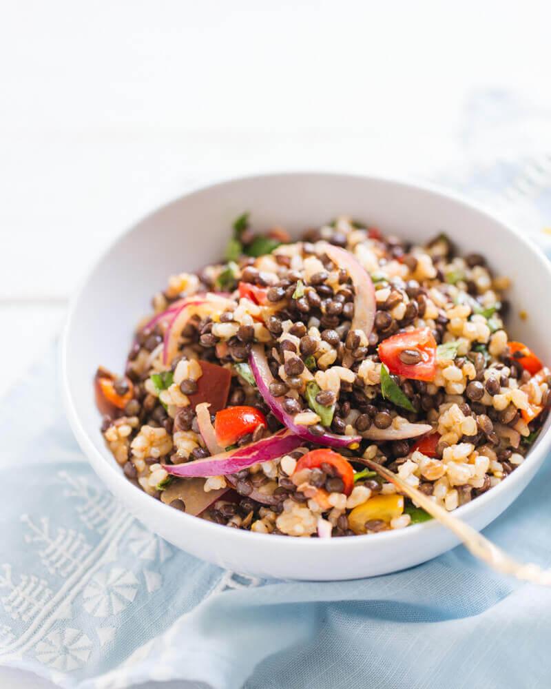 Salată cu linte și orez