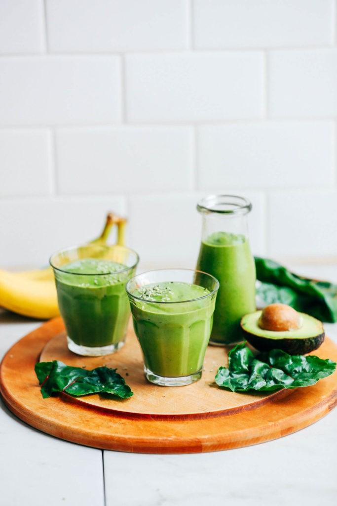 Smoothie cu banane și avocado