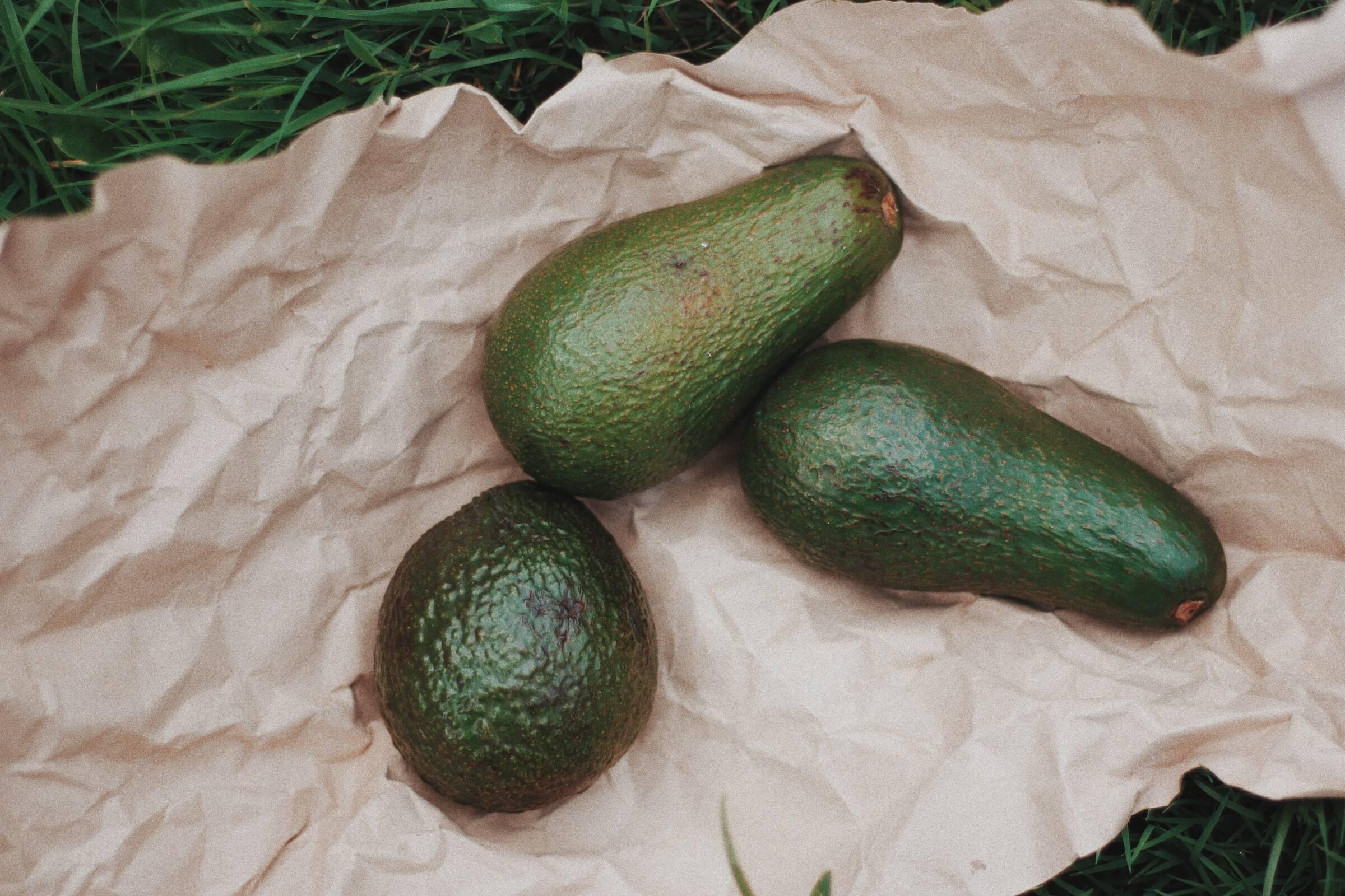 Alegere fruct cu grăsimi sănătoase